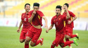 TRỰC TIẾP U.22 Việt Nam - U.22 Campuchia: Đại thắng để giữ ngôi đầu bảng?