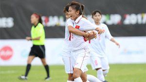 Thắng dễ Philippines, tuyển nữ Việt Nam giành 3 điểm đầu tiên