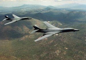 Máy bay Nhật, Mỹ tập trận gần đảo tranh chấp ở Hoa Đông