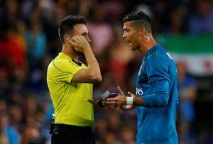 Ronaldo: Án phạt cấm 5 trận là một sự ngược đãi