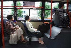 Tượng 'phụ nữ mua vui' ngồi xe buýt ở Seoul