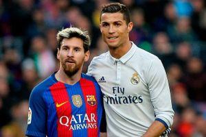 Ronaldo chứng minh anh và Messi không hề có hiềm khích