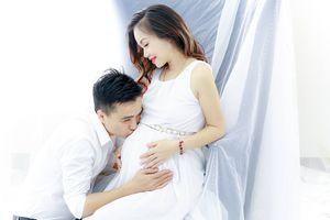 Diễn viên Hoàng Yến vừa sinh con gái với chồng thứ 4
