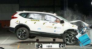 Xem Honda CR-V 7 chỗ bung túi khi khi bị va chạm mạnh
