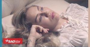 Biến hóa liên tục trong MV mới, Miley không ngại đối đầu Justin Bieber