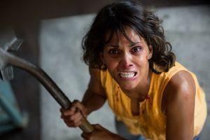 Halle Berry chứng tỏ phong độ trong phim giật gân 'Bắt cóc'