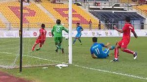 U22 Singapore đánh bại U22 Lào 2-0