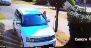 Cái kết đắng lòng cho tên cướp xe hơi của một đôi vợ chồng ở Nam Phi