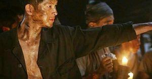 Nam thần Song Joong Ki đã chìm nghỉm giữa 'Đảo địa ngục' như thế nào?