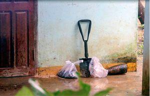 Vụ nổ bom 6 người tử vong ở Khánh Hòa: Quả đạn đã được cưa đôi trước khi phát nổ