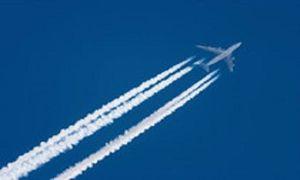 Vệt trắng bí ẩn sau máy bay giúp dự báo thời tiết