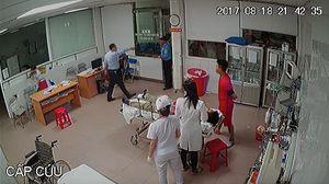 Nghi vấn chủ tịch phường tham gia hành hung nhân viên bệnh viện
