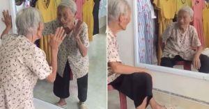 Clip bà cụ và 'người bạn' trong gương gây bão mạng