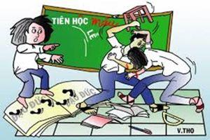 TP.HCM: Can ngăn học sinh ẩu đả, thầy giáo bị đánh nhập viện