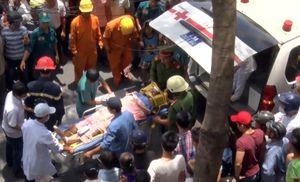 Đà Nẵng: Ba công nhân lắp biển quảng cáo bị điện giật bỏng nặng
