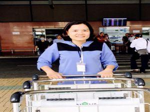 Bỏ quên 25.000 USD ở sân bay Nội Bài