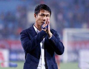 Cựu danh thủ Việt Nam chê trách HLV Hữu Thắng và tiền đạo của U22 Việt Nam