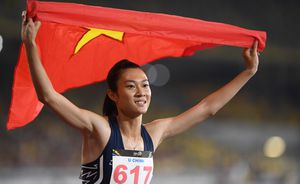 SEA Games tối 23/8: Tú Chinh giành HCV chạy 200 m