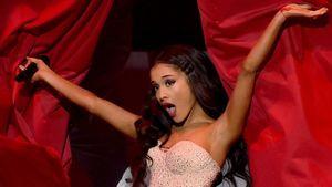 Sau Tuấn Tài, Ariana Grande bị fan Việt ném đá vì 'dám huỷ show'