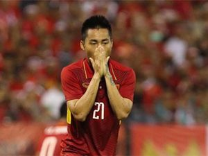 Ronaldo, Messi, Ibra còn bỏ lỡ 'không tưởng' nữa là... Tuấn Tài