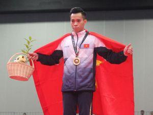 Vua xà đơn Lê Thanh Tùng: 'Thương tích' đầy mình đoạt 3 HCV SEA Games