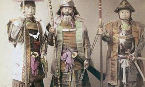 Quá trình rèn một cây kiếm của võ sĩ samurai huyền thoại