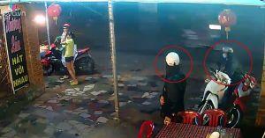 Sơ ý 5 giây, mất luôn xe máy