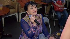Danh ca Hương Lan dạy 'thần đồng' Đức Vĩnh hát