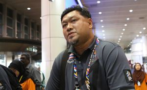 HLV Thái Lan: 'Thua U22 VN, tôi cũng từ chức'