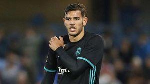 Real Madrid xác nhận tình hình chấn thương của Theo Hernandez