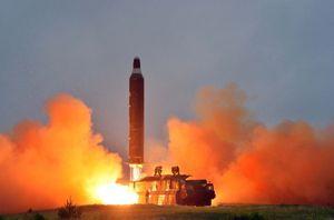 Báo Hàn: Triều Tiên chi 400 triệu USD để phóng tên lửa năm 2017