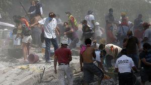 VIDEO: Thủ đô Mexico tan hoang sau trận động đất 7,1 độ Richter