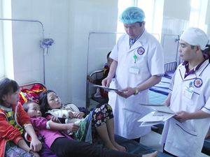 Hơn 70 học sinh nhập viện sau bữa tối tại Sa Pa