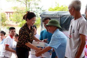 Báo Nhà báo và Công luận đồng hành cùng doanh nghiệp hỗ trợ người dân vùng bão