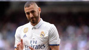 Karim Benzema gia hạn hợp đồng với Real Madrid