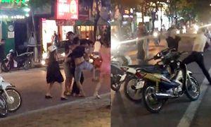 Đánh người giữa phố Hà Nội vì bị 'liếc mắt nhìn đểu'