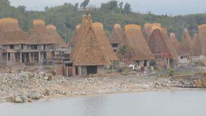 Doanh nghiệp tiện tay lấn biển, tàn phá vịnh Nha Trang