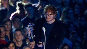 Ed Sheeran biểu diễn trong chương trình tị nạn toàn cầu