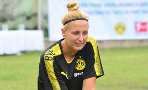 Nữ HLV Dortmund: Chúng tôi sẵn sàng hợp tác bóng đá với Việt Nam