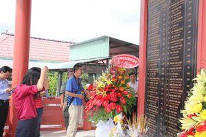 Tưởng niệm 55 công nhân tử vong vụ sập nhịp dẫn cầu Cần Thơ