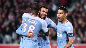 Highlights Falcao lập cú đúp giúp Monaco bằng điểm PSG