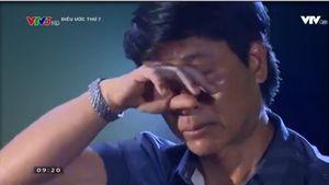 Nghệ sĩ Quốc Tuấn khóc kể phút giây con trai sốc thuốc lúc phẫu thuật cưa hộp sọ