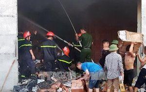 Cháy kho ngoại quan ở thành phố Móng Cái, Quảng Ninh