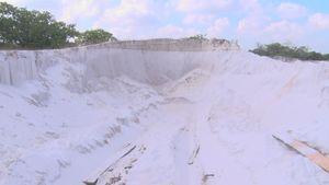 Quảng Nam: Ngang nhiên khai thác cát trắng trái phép