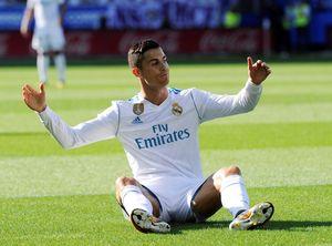 Ronaldo nhạt nhòa: ăn vạ, mắng Isco, hậm hực khi Ceballos ghi bàn
