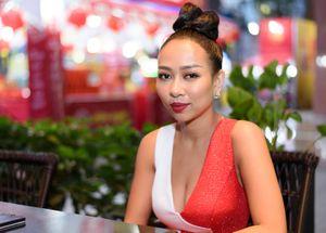 Ca sĩ 'xấu lạ' Thảo Trang: 'Không muốn nhắc tới ba của con trai nữa'