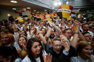 Bà Merkel tiếp tục làm Thủ tướng Đức nhiệm kỳ 4