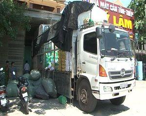 Thừa Thiên – Huế: Một xe tải chở hàng lậu trị giá khoảng 400 triệu bị bắt giữ