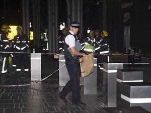 Tấn công đám đông bằng a xít ở London