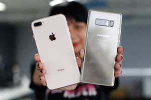 So thiết kế Samsung Galaxy Note 8 với iPhone 8 Plus